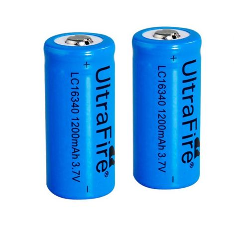 2x Oplaadbare 16340 batterijen
